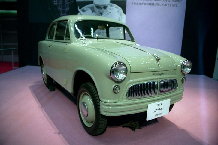 Suzulight- The First Suzuki Automobile Ever 16