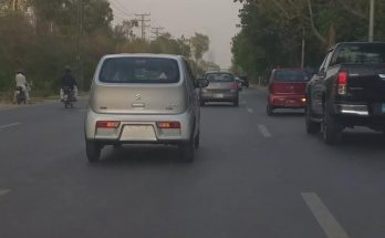 Pak Suzuki Alto 660cc Spotted on Roads 5