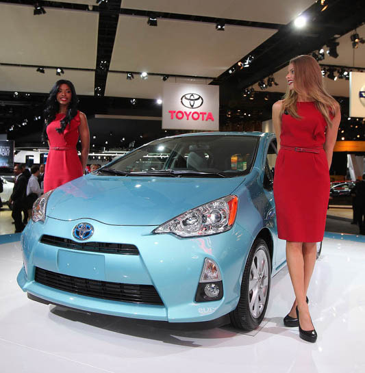Toyota to Discontinue Prius C in Favor of Corolla Hybrid 5