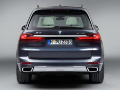 BMW X7 Launched in Pakistan and India 6