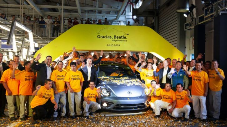 Volkswagen Marks End of an Era with Production of the Last VW Beetle 8