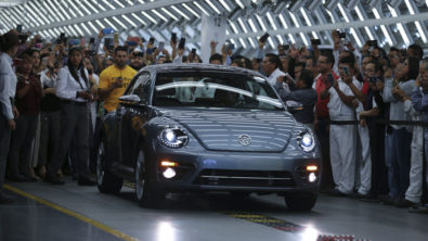 Volkswagen Marks End of an Era with Production of the Last VW Beetle 2
