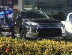2019 Mitsubishi Pajero Sport Facelift Spotted Ahead of Launch 8