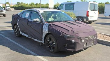 Next-Gen Hyundai Elantra Spied For the First Time 9