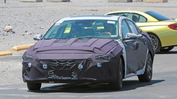Next-Gen Hyundai Elantra Spied For the First Time 4