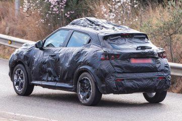 Next Generation Nissan Juke Teased Ahead of Debut 9