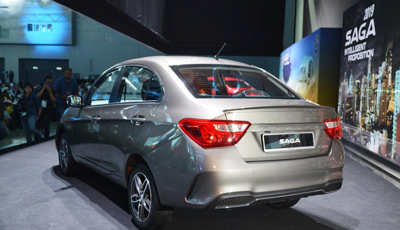 Proton Saga Sedan Spotted in Lahore 3