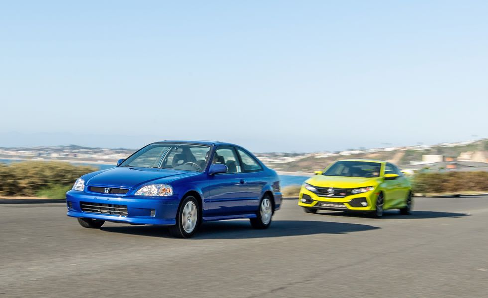 2019 Honda Civic Si Coupe vs 1999 Honda Civic Si Coupe 3