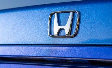 2019 Honda Civic Si Coupe vs 1999 Honda Civic Si Coupe 27