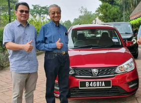 Mahatir Tests the New 2019 Proton Saga Facelift 2