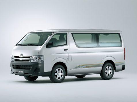 History of Toyota HiAce 33