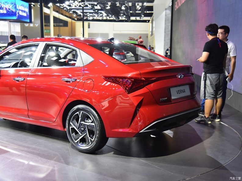 2020 Hyundai Verna Facelift Break Covers at Chengdu Auto Show 9