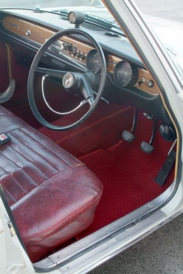 Remembering Mazda 1500 Sedan from the 1960s 8