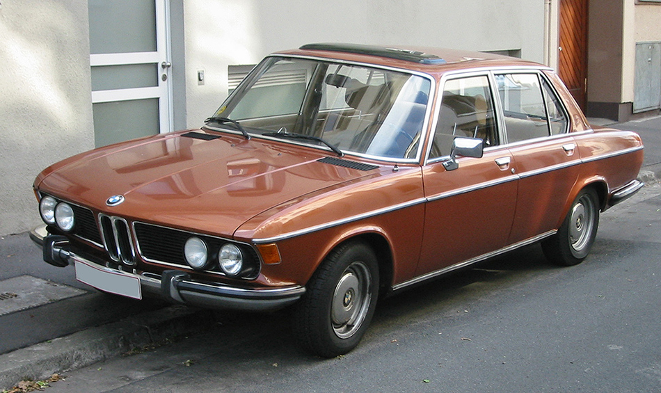 Remembering Mazda 1500 Sedan from the 1960s 8