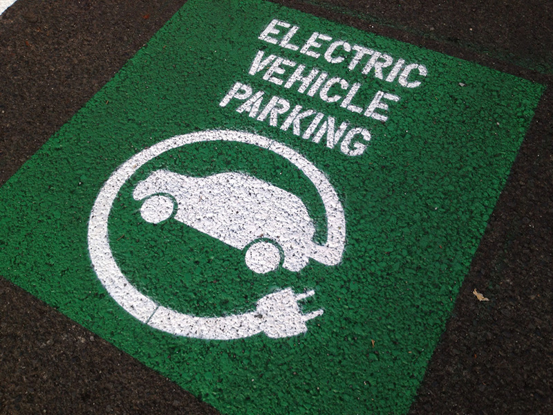 Ministry Planning to Allow Duty-Free Import of Electric Vehicles 2