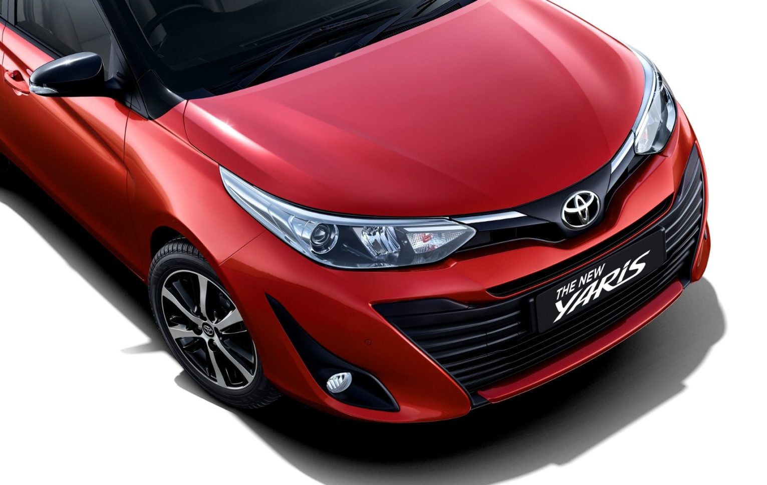 2019 Toyota Yaris Dual-Tone Launched in India Priced from INR 8.65 Lac 1