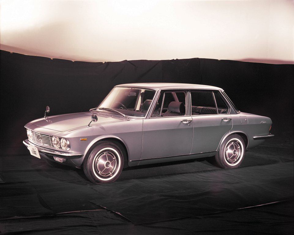 Remembering Mazda 1500 Sedan from the 1960s 21