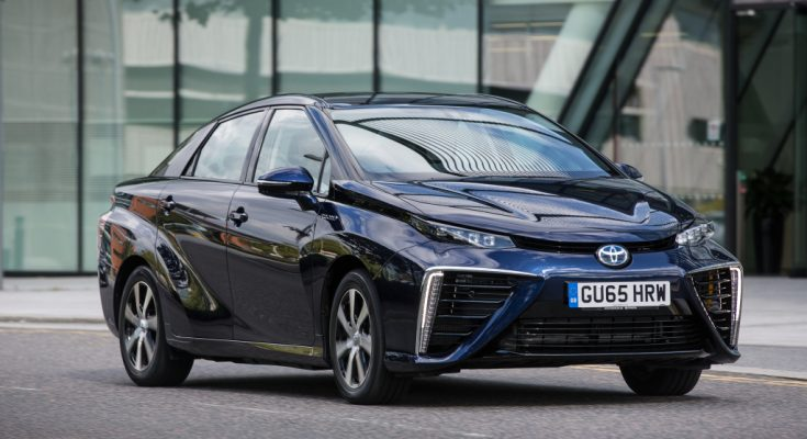 Next Generation Toyota Mirai to Debut in 2020 1