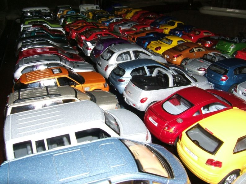 Aamir Ashfaq has Pakistan's Largest Collection of Die-Cast Cars 9