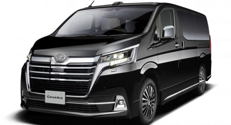 Toyota to Unveil GranAce MPV at Tokyo Motor Show 2