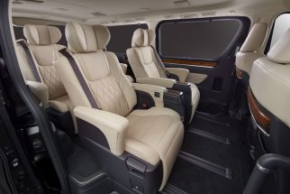 Toyota to Unveil GranAce MPV at Tokyo Motor Show 6