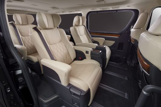 Toyota to Unveil GranAce MPV at Tokyo Motor Show 5