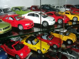 Aamir Ashfaq has Pakistan's Largest Collection of Die-Cast Cars 18