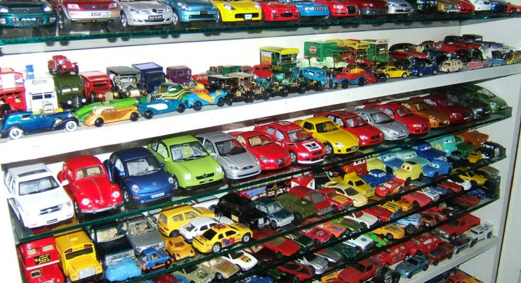 Aamir Ashfaq has Pakistan's Largest Collection of Die-Cast Cars 1