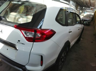 Honda BR-V Facelift Launched in Pakistan 5