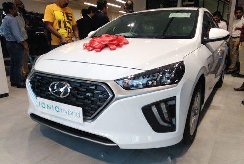 Hyundai Unveils Ioniq Hybrid- Digital Showroom Inaugurated in Karachi 5