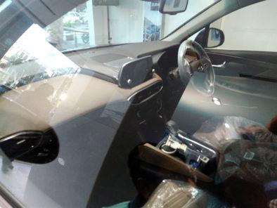 Hyundai Unveils Ioniq Hybrid- Digital Showroom Inaugurated in Karachi 7