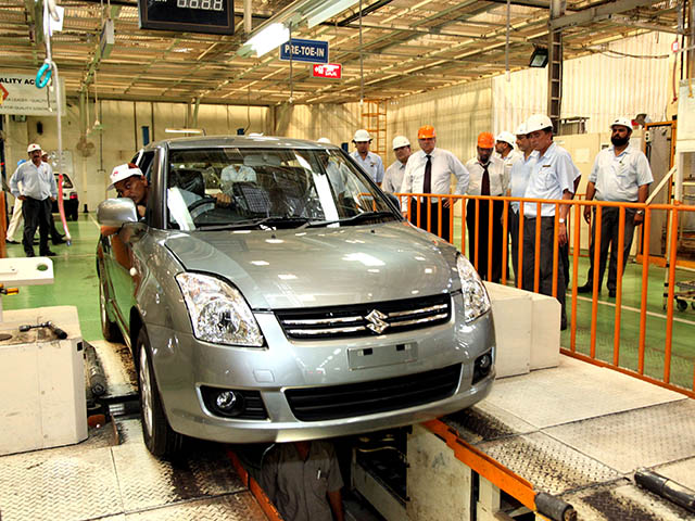Government Officials Accused of Taking Billions from Auto Sector 3
