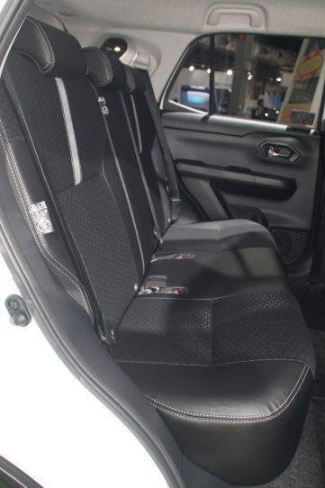 Daihatsu Previews New Compact SUV at 2019 Tokyo Motor Show 8