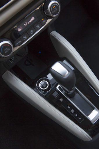 2020 Nissan Sunny Debuts at Dubai Motor Show 10