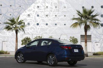 2020 Nissan Sunny Debuts at Dubai Motor Show 15