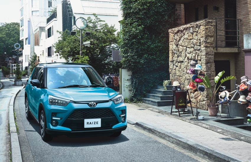 2020Toyota Raize Compact SUV Launched 10