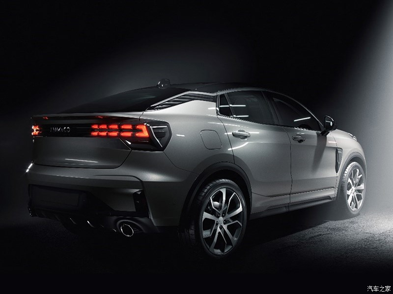 Lynk & Co Reveals 05 Coupe SUV 1