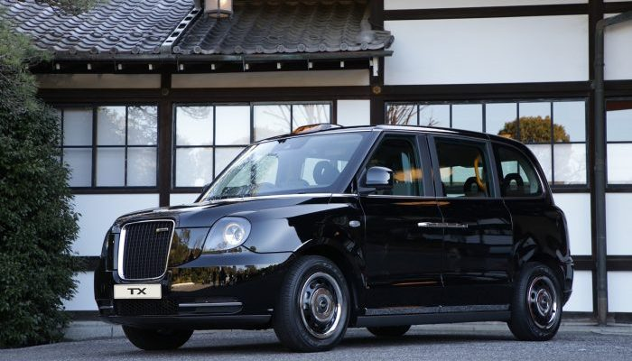Geely Launches Plug-in Hybrid London Taxi in Japan 1