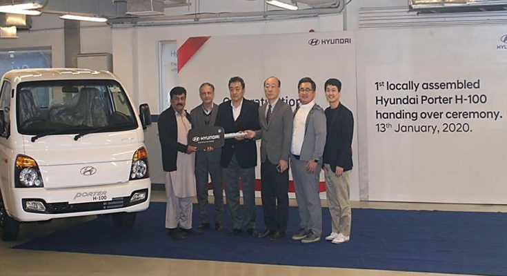 First Local Assembled Hyundai Porter Delivered to Customer 2