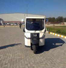 Sazgar Unveils Pakistan's First Electric 3-Wheeler 5