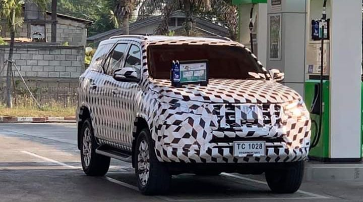 Toyota Hilux and Fortuner Facelift Spotted Testing in Thailand 2