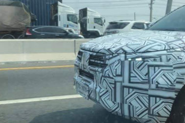 2020 Toyota Hilux Facelift Spotted Testing in Thailand 2