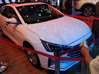Pakistan-Bound Hyundai Elantra Becomes Outdated 3