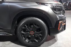 Kia Seltos X-Line Concept Showcased at 2020 Auto Expo 5
