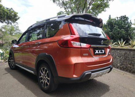 Suzuki XL7- The Honda BR-V Rival 16