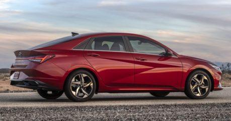 Pakistan-Bound Hyundai Elantra Becomes Outdated 10