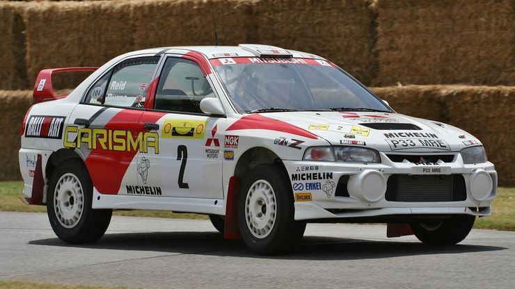 Remembering the Legendary Mitsubishi Lancer Evo 11