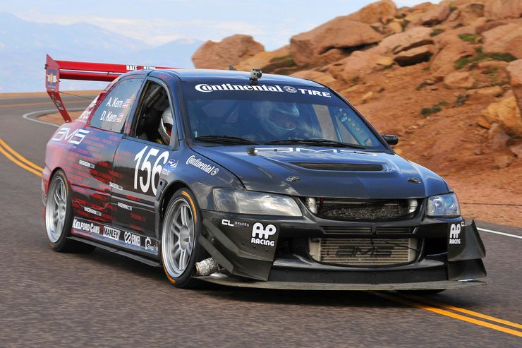 Remembering the Legendary Mitsubishi Lancer Evo 9
