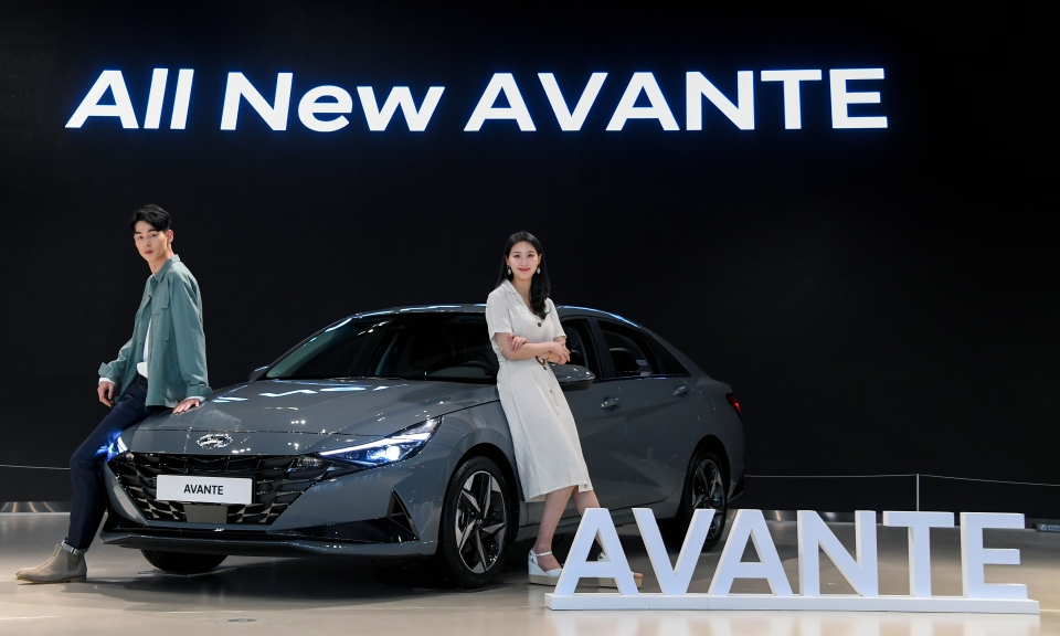 All New Hyundai Avante (Elantra) Debuts in South Korea 2