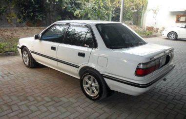 Remembering the Toyota Corolla E90 36